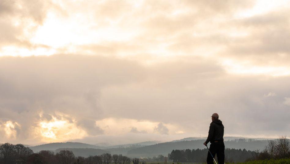 Winterliches Nordic Walking (Archivbild): Spaziergänger kommen auf ihre Kosten