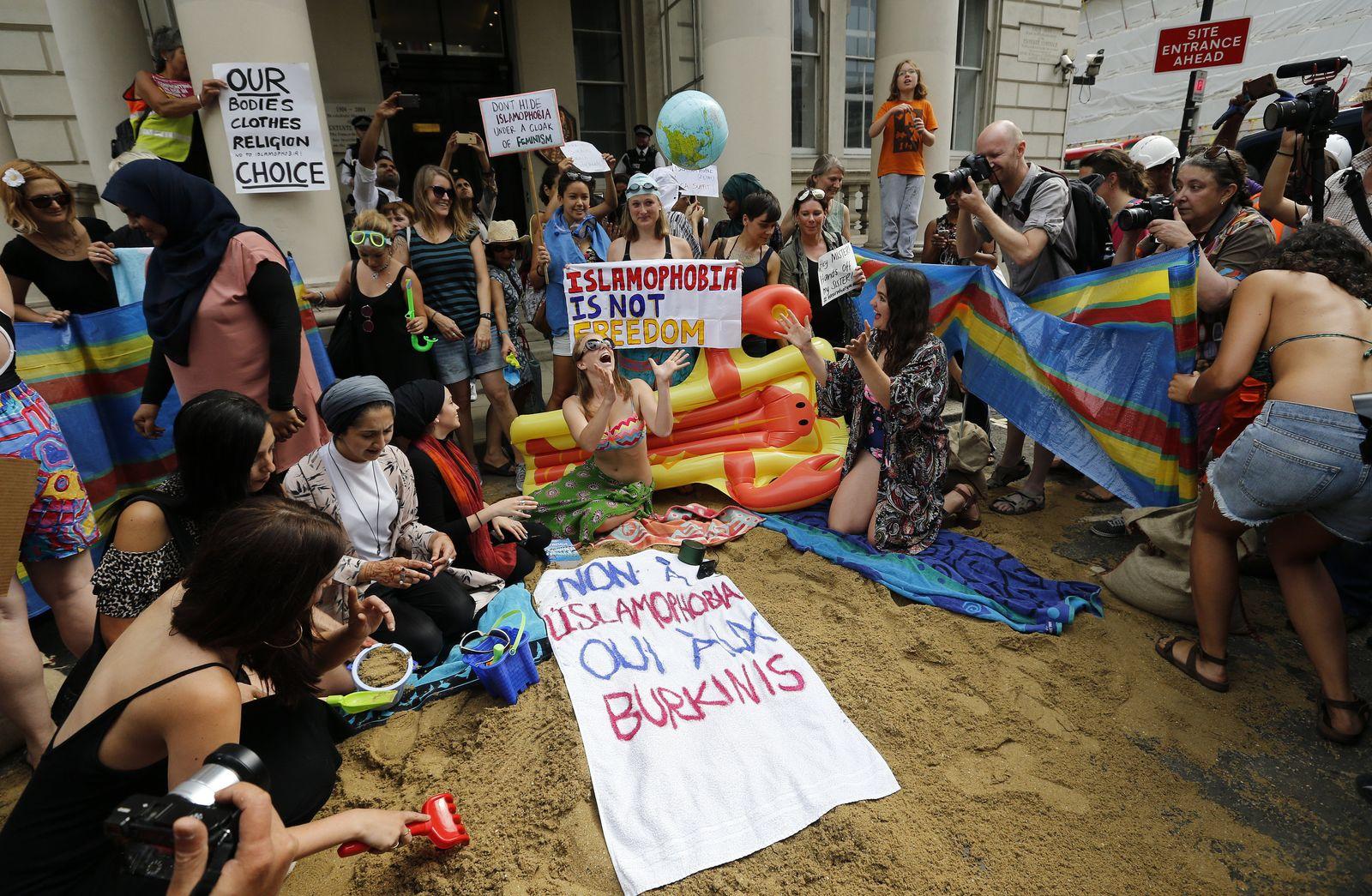 London/ Protest/ Burkini