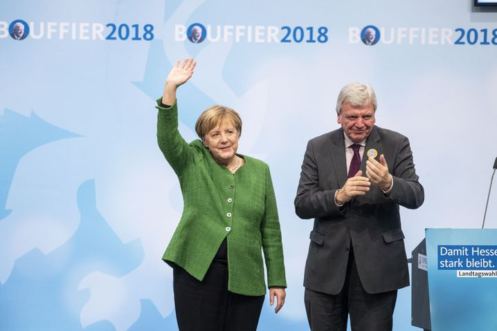Angela Merkel, Volker Bouffier