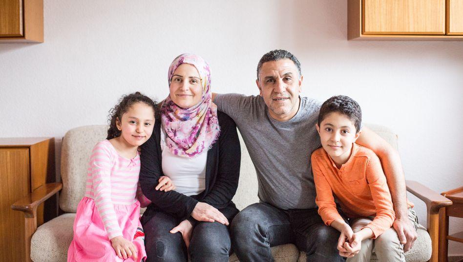 New Arrivals, Familie Nassan