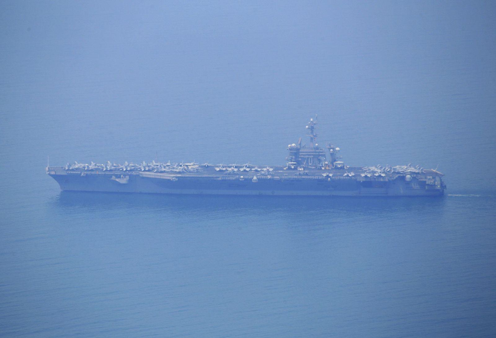 USS Carl Vinson in Vietnam