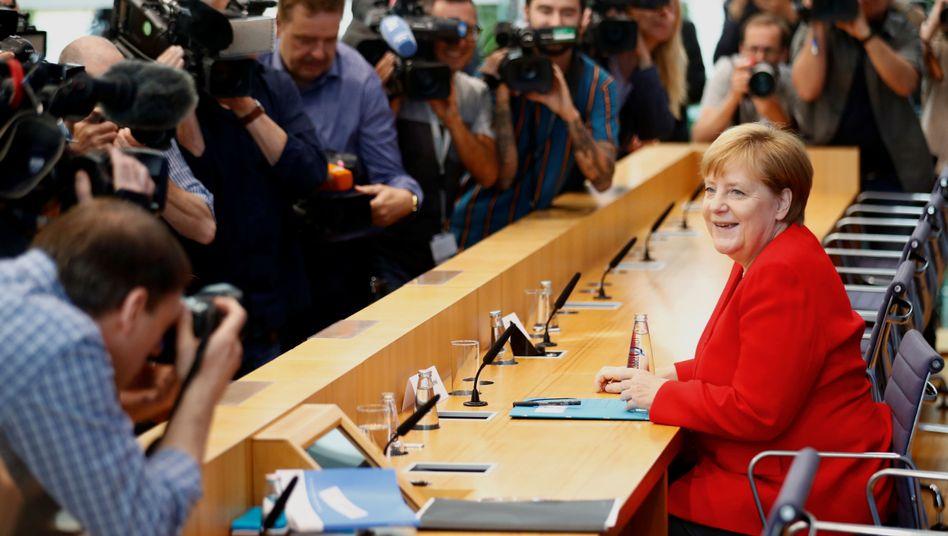 """+++ Newsblog zu Merkels Sommer-PK+++: """"Ich kann diese Funktion ausüben"""""""