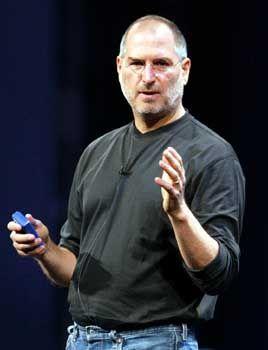Apple-Chef Steve Jobs glaubt an den Erfolg des Musikladens im Netz