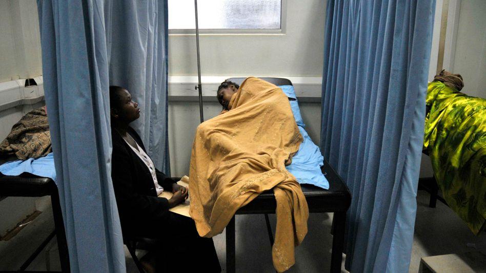 "Aids-Patienten in Uganda (2008): ""Wir wissen, dass Kondome wichtig sind."""