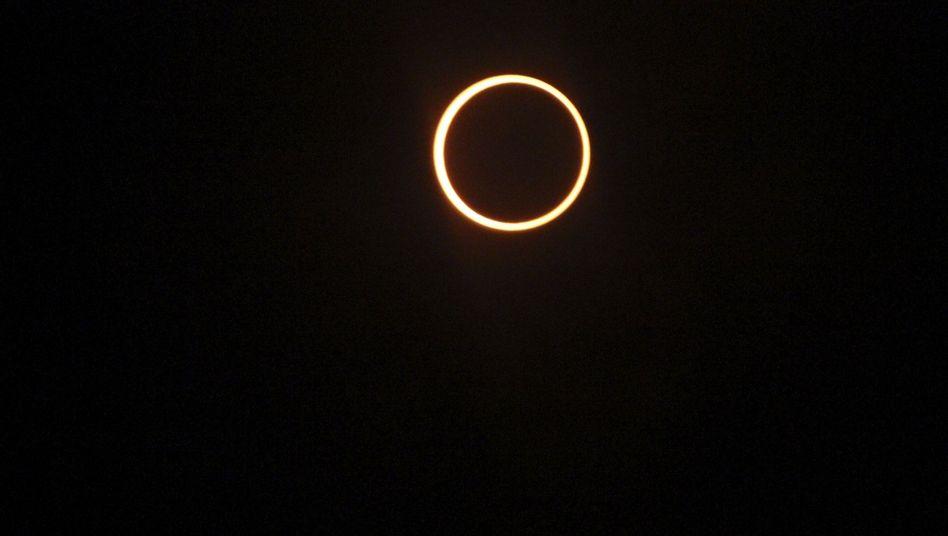 Sonnenfinsternis 2010 auf den Malediven: Am Himmel erstrahlt nur noch ein Ring
