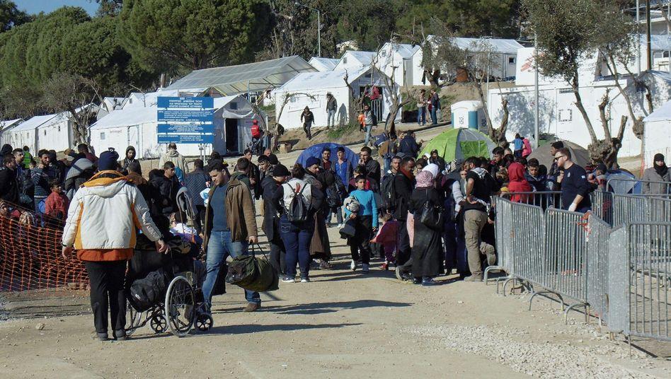 """Flüchtlinge auf der griechischen Insel Lesbos: """"Prekäre Verhältnisse"""""""