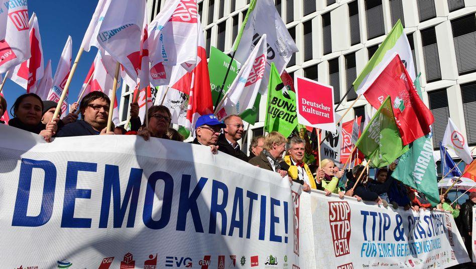 Demonstranten in Berlin: Protest gegen TTIP