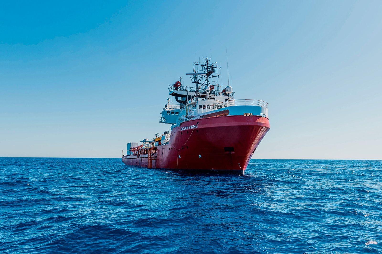 Italy Migrants Ship