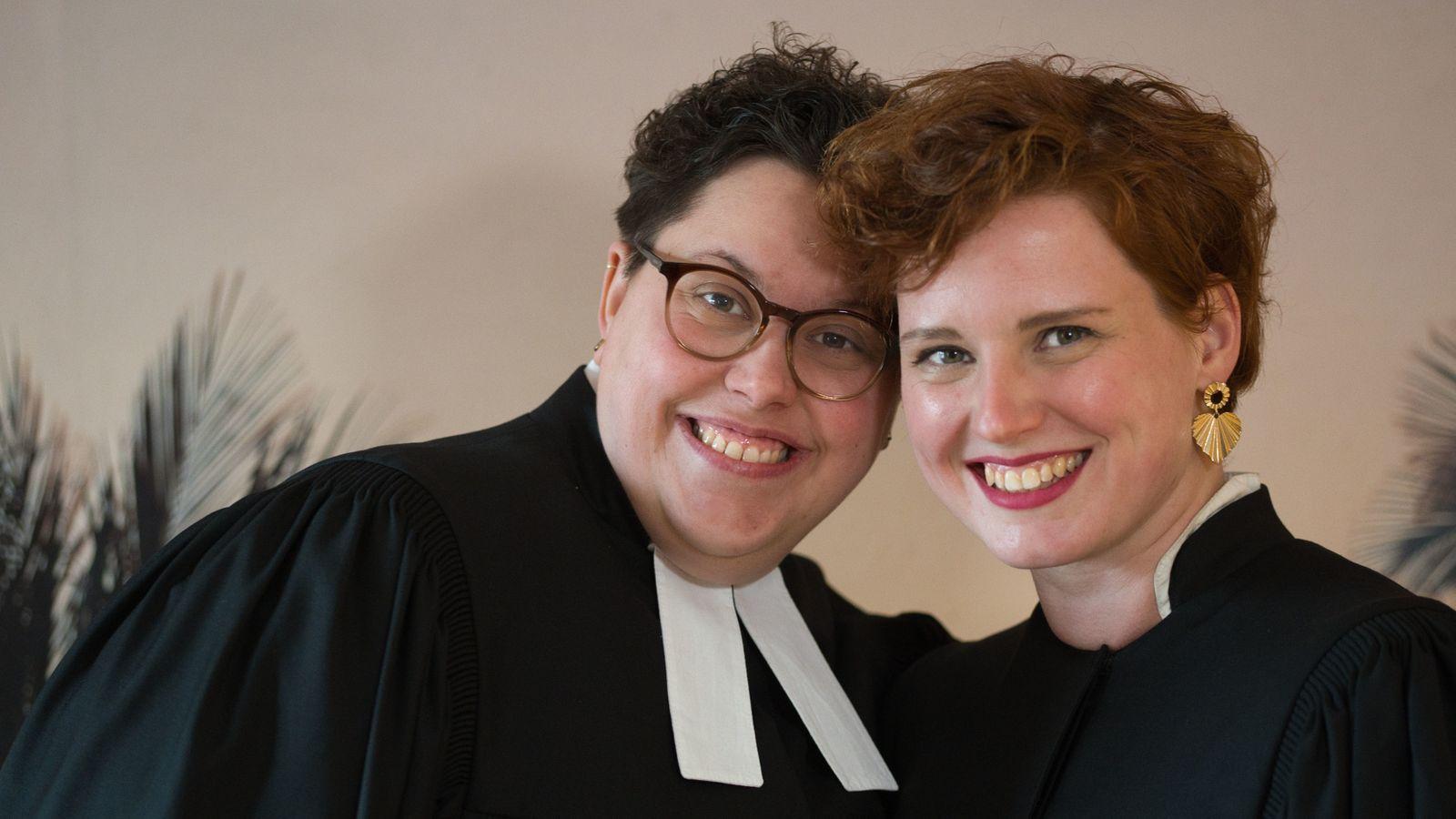 Lesbisches Pastorinnen-Ehepaar
