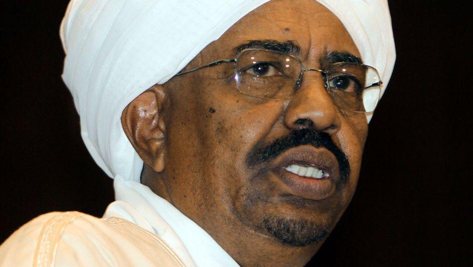 Sudans Präsident Umar al-Baschir: Wegen Völkermords gesucht