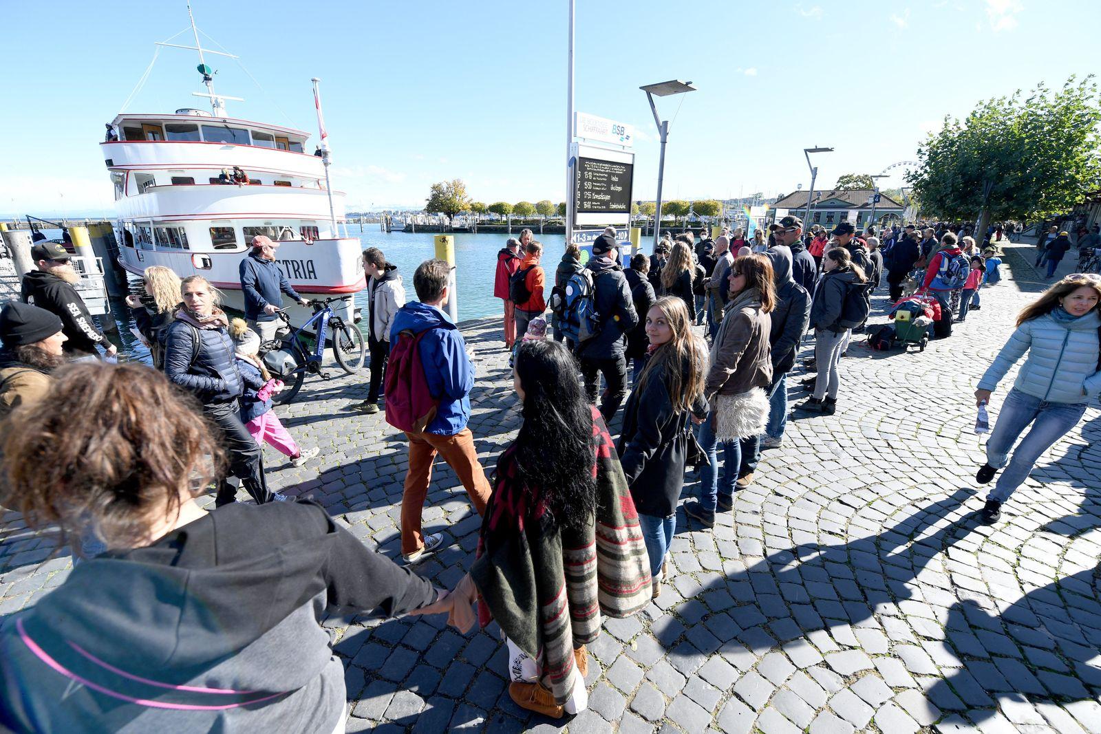 Menschenkette am Bodensee
