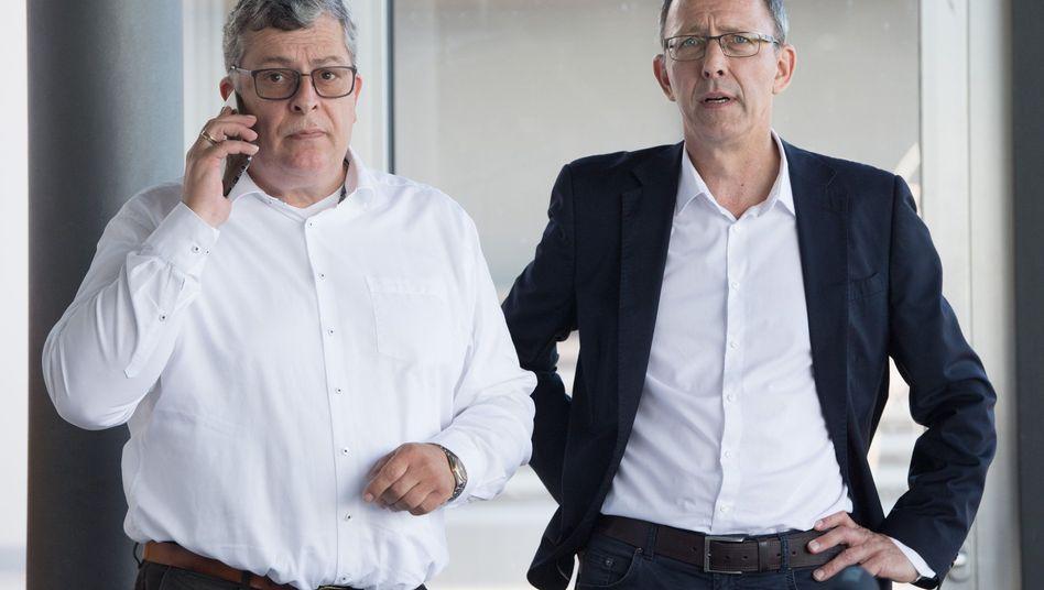 Carsten Hütter (l.), Schatzmeister, und Jörg Urban, Vorsitzender der AfD in Sachsen
