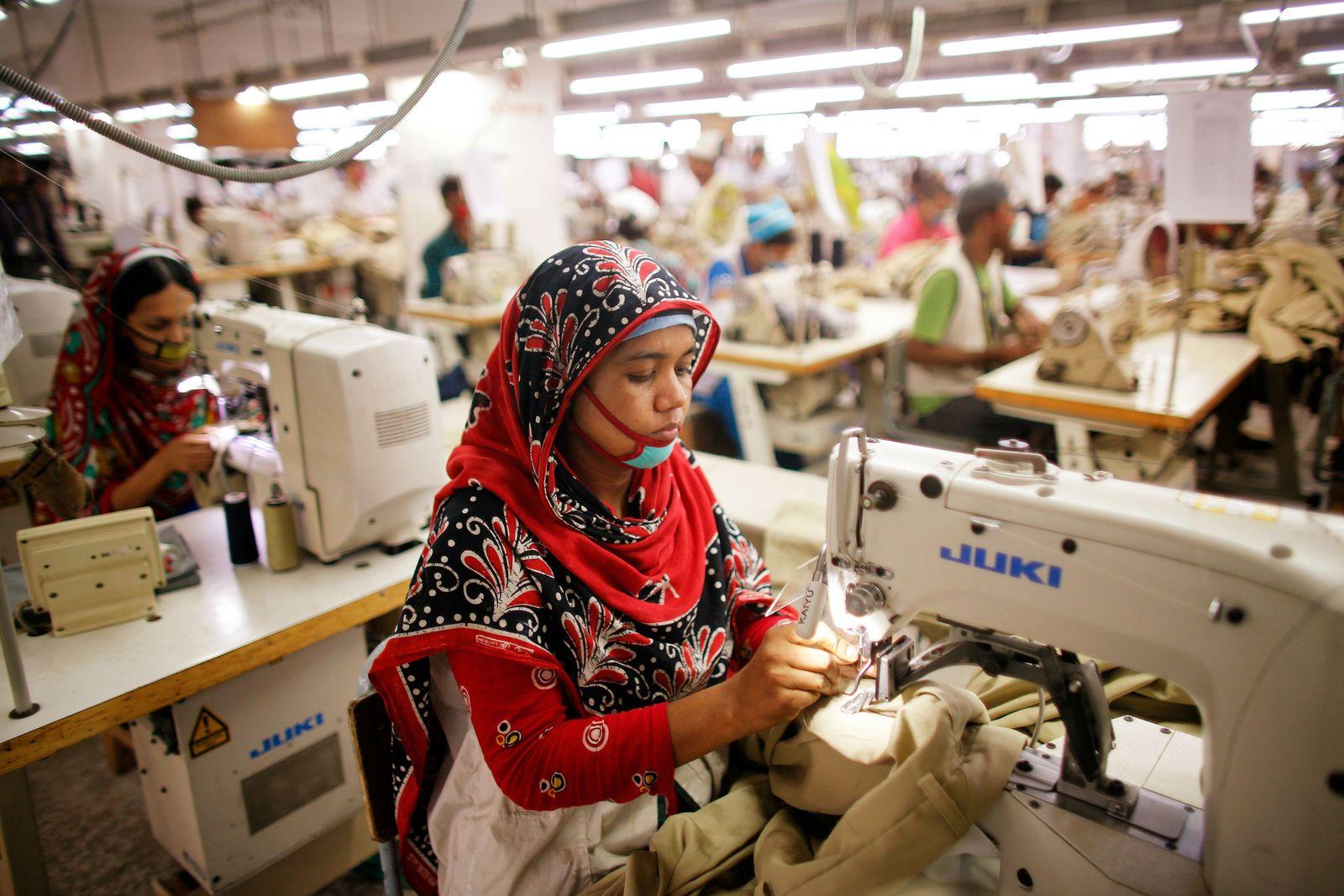 Bangladesch / Textil-Fabrik