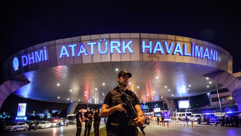 Atatürk-Flughafen in Istanbul nach dem Anschlag
