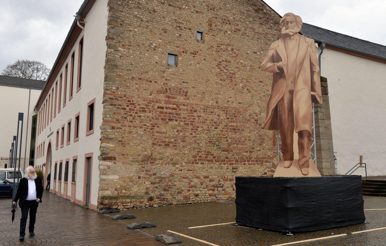 Karl Marx Statue/ Trier