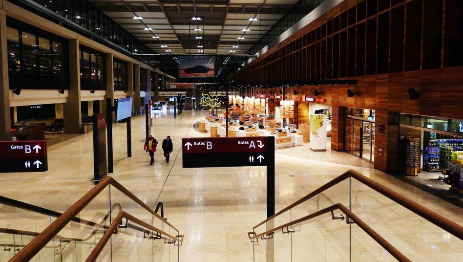 BER: Am Testzentrum des Flughafens wurde ein Reisender aus Sachsen positiv auf die Variante getestet