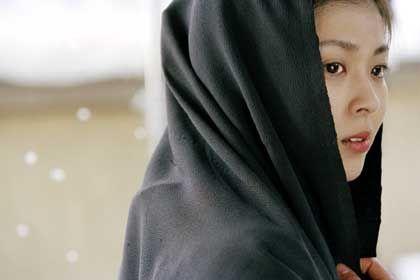 """Szene aus """"Kakushi Ken - Oni No Tsume"""" (mit Takako Matsu): """"Reich schon mal die Scheidung ein"""""""