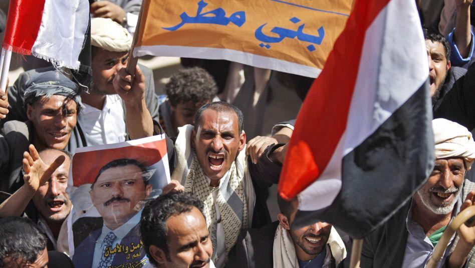 Demonstration in Sanaa, Jemen: Wirtschaftlicher Aufschwung überhaupt möglich?