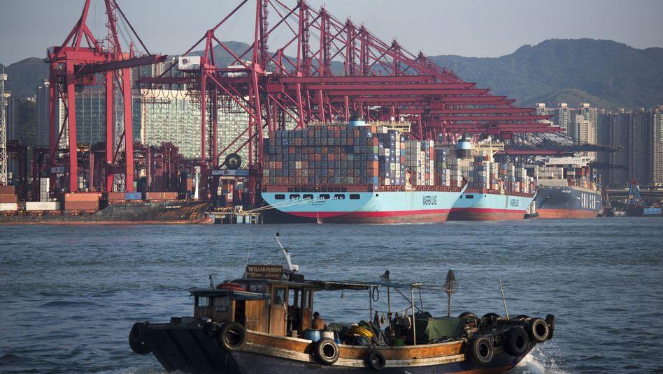 Hafen von Hongkong: Überschüsse im Außenhandel mehren den Reichtum