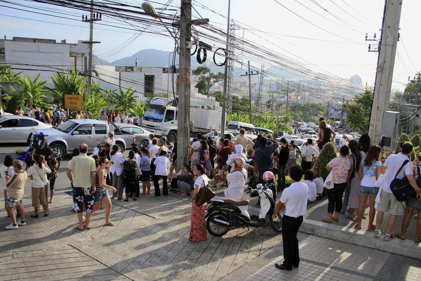 Thailand/ Erdbeben/ Tsunami-Warnung