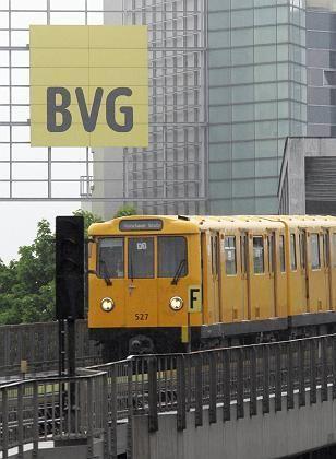 Berliner U-Bahn: Alt-Beschäftigte sollen leer ausgehen