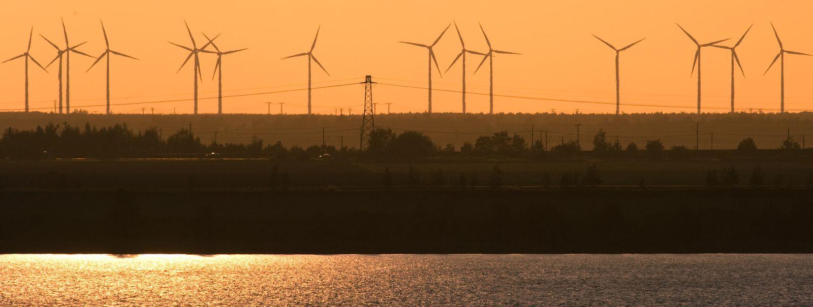 RAG und RWE kombinieren Wind- und Wasserkraft