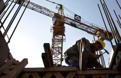 Baustelle: Während sich der Außenhandel abschwächte, legten Investitionen am Bau zu