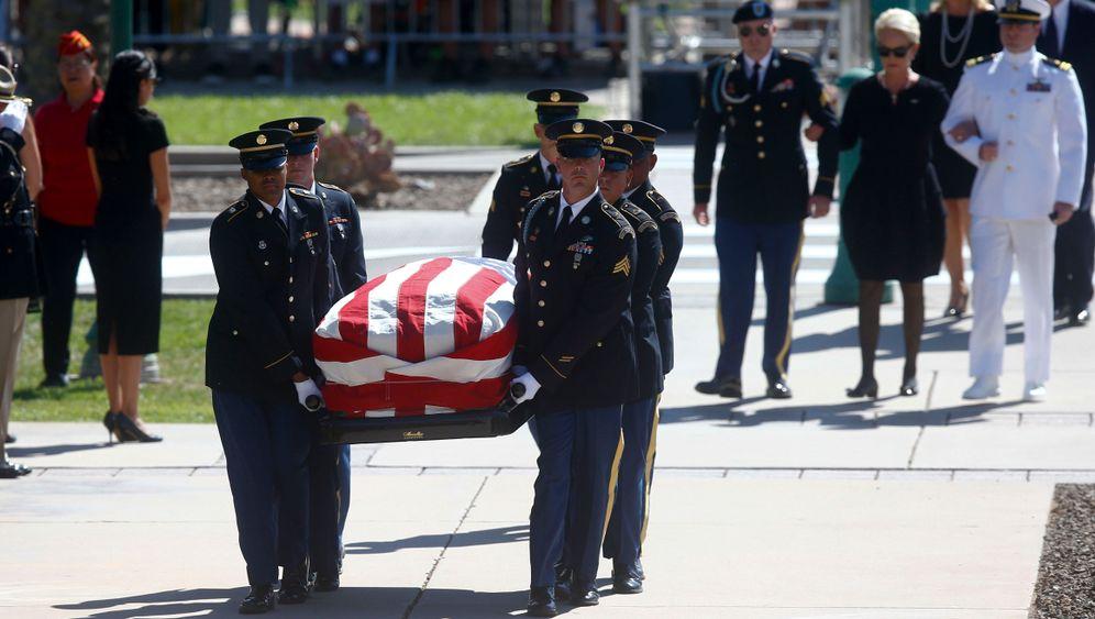 Trauerfeier: Arizona verabschiedet sich von McCain