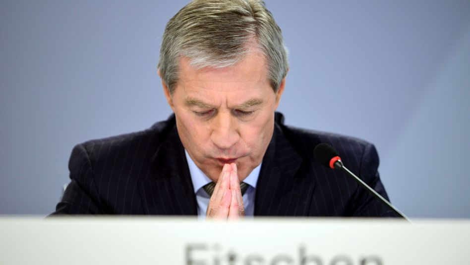 Deutsche-Bank-Chef Fitschen (Archivbild): Prozessbetrug gedeckt?