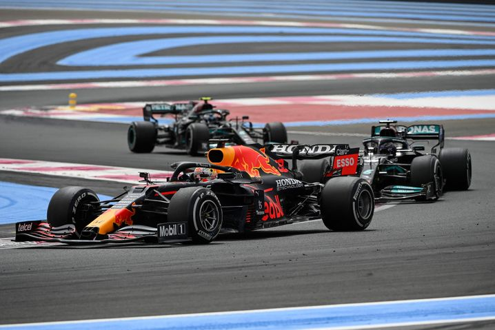 Max Verstappen ließ im Red Bull beide Mercedes hinter sich
