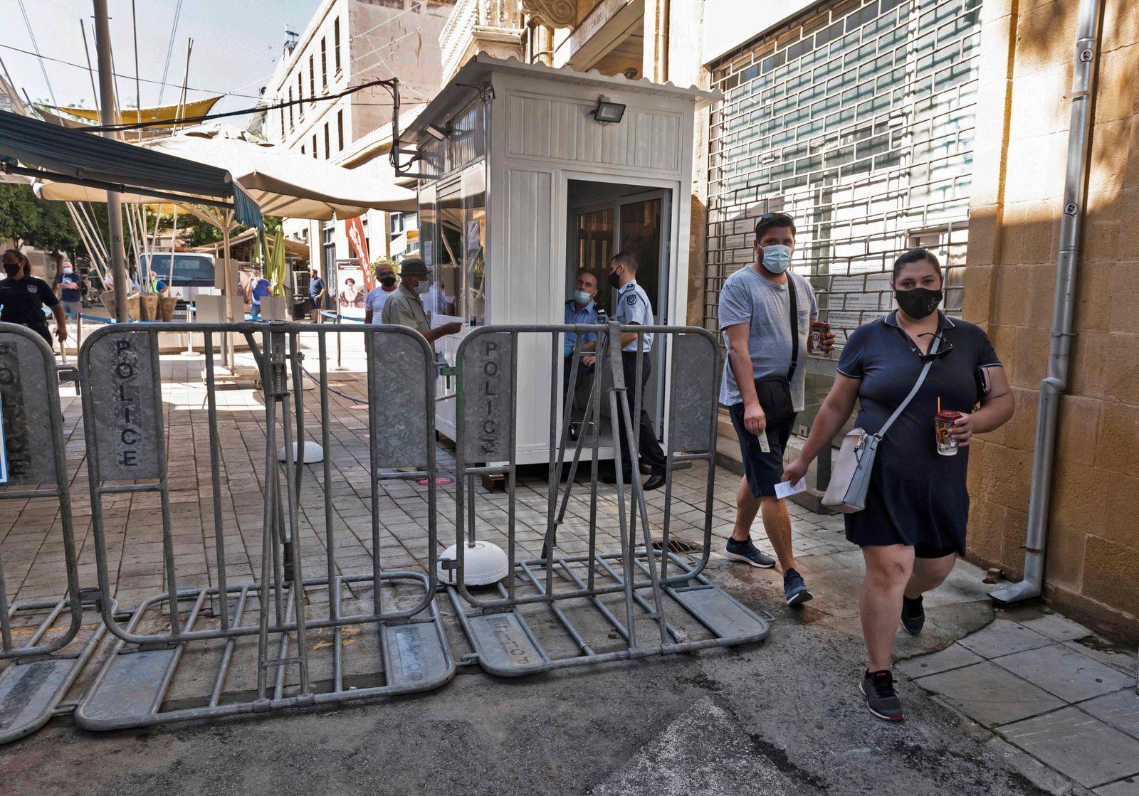 CYPRUS-CONFLICT-TURKEY-HEALTH-VIRUS
