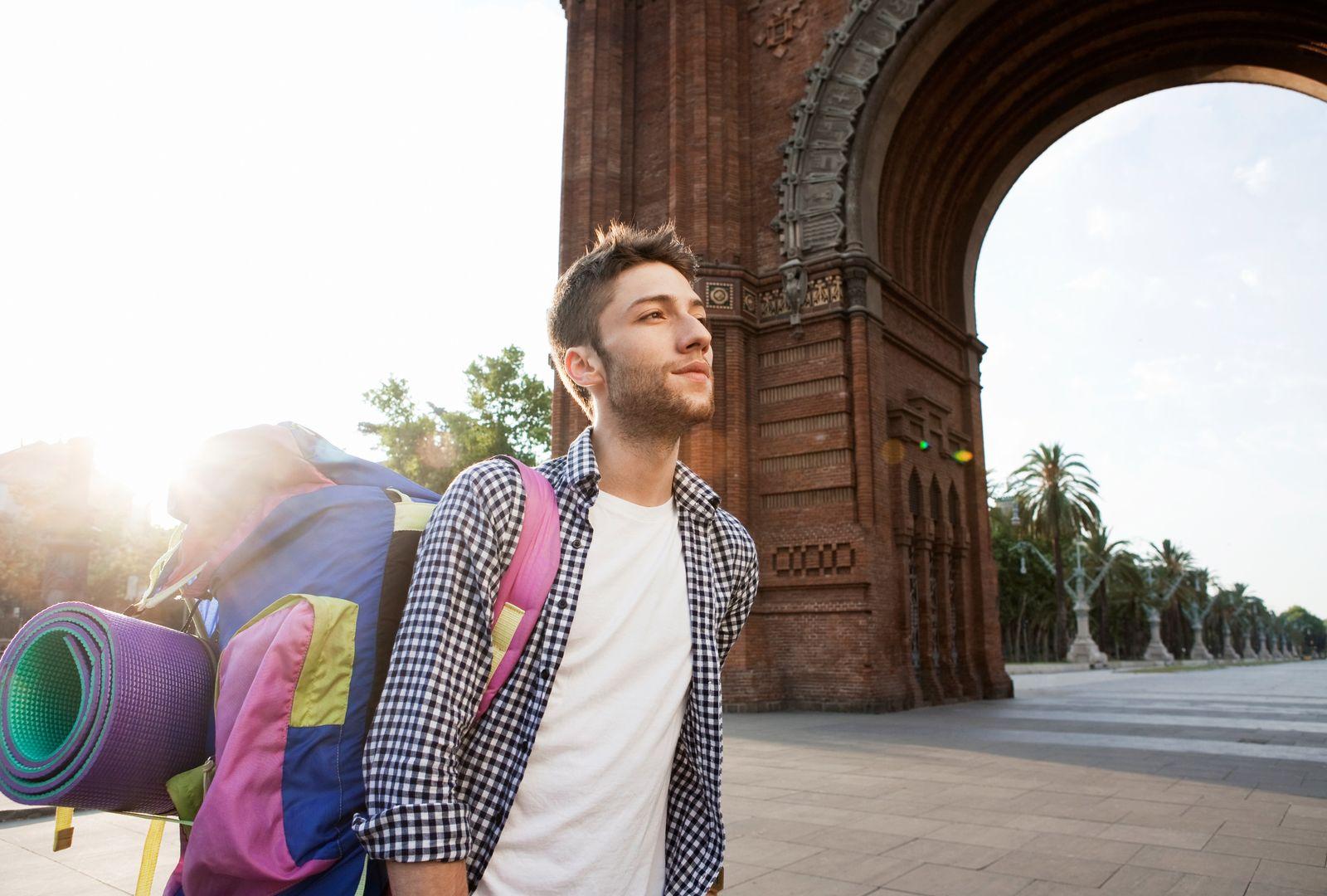 NICHT MEHR VERWENDEN! - junge Leute / Rucksack / Reisen / Student
