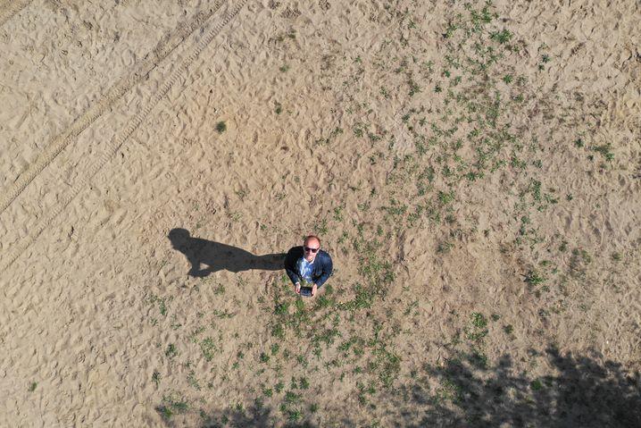 Senkrechtes Drohnen-Selfie