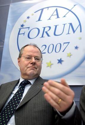 Finanzminister Steinbrück in Brüssel: Neuverschuldung nur noch bei einem Prozent der Wirtschaftsleistung?