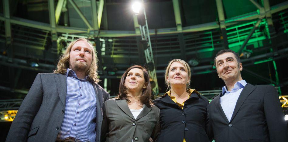 Grünen-Führungsquartett Hofreiter, Göring-Eckardt, Peter, Özdemir: tagelang hin- und her telefoniert
