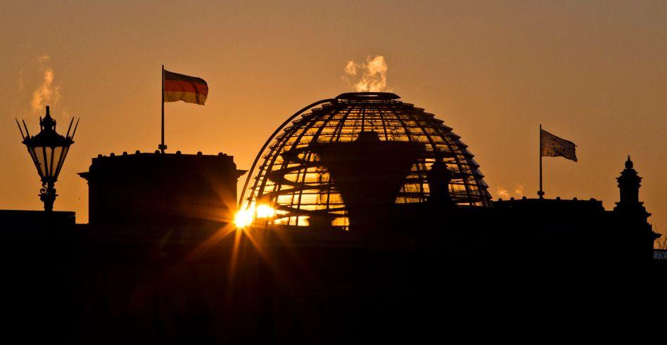 Reichstagskuppel in Berlin: Der Staat kassiert, der Bürger stöhnt
