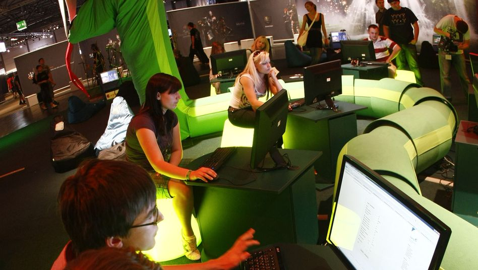 Jugendliche auf Computermesse: Das Web belebt die Zivilgesellschaft