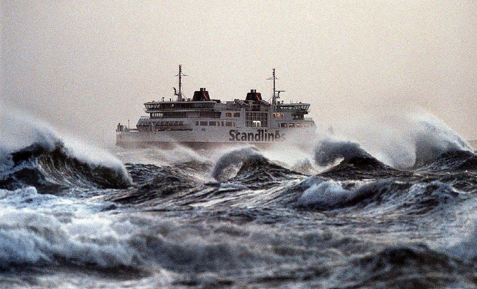 Schweden / Seenot / Sturm / Aurora