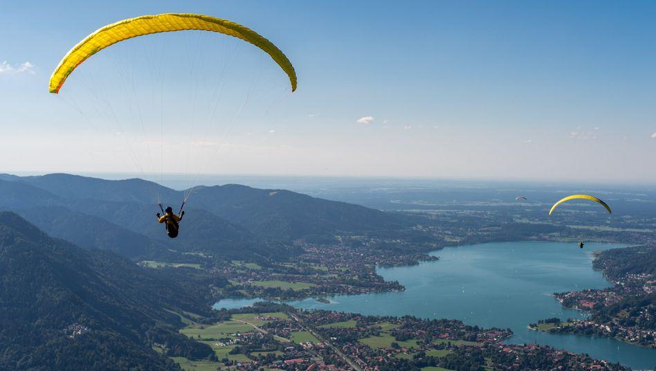 Gleitschirmflieger in Bayern (Symbolbild)