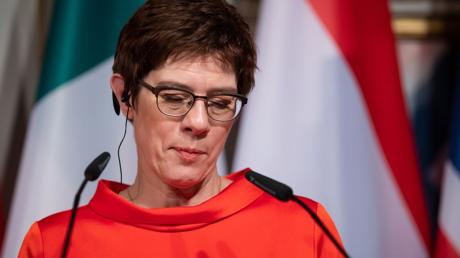 """Annegret Kramp-Karrenbauer bei der Münchner Sicherheitskonferenz: Ruf der """"lame duck"""""""