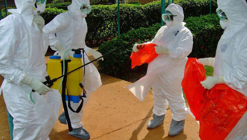 """WHO-Mitarbeiter im Westen Ugandas: """"Es ist sehr wichtig, schnell zu reagieren."""""""
