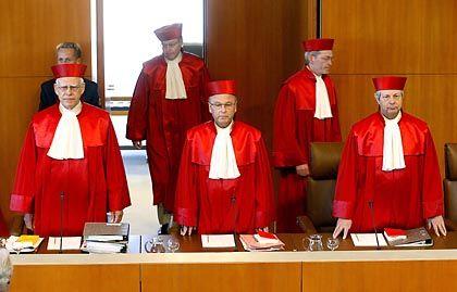 Bundesverfassungsgericht: Muss über mehrere Beschwerden gegen die Vorratsdatenspeicherung entscheiden
