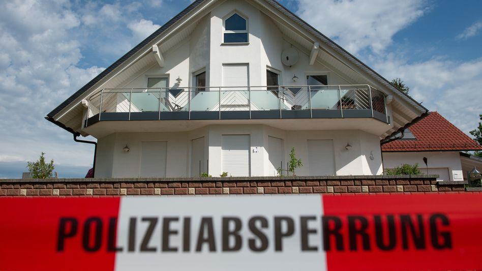 Der Tatort: Haus des ermordeten Kasseler Regierungspräsidenten Walter Lübcke (Archivbild)