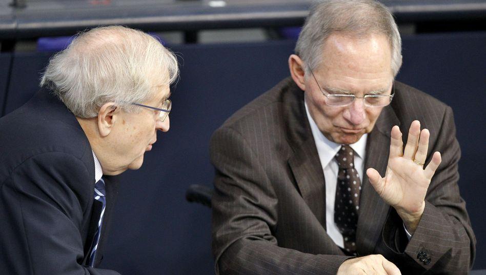 Ministerkollegen Wolfgang Schäuble (r., CDU), Rainer Brüderle (FDP): Verhältnis zerrüttet