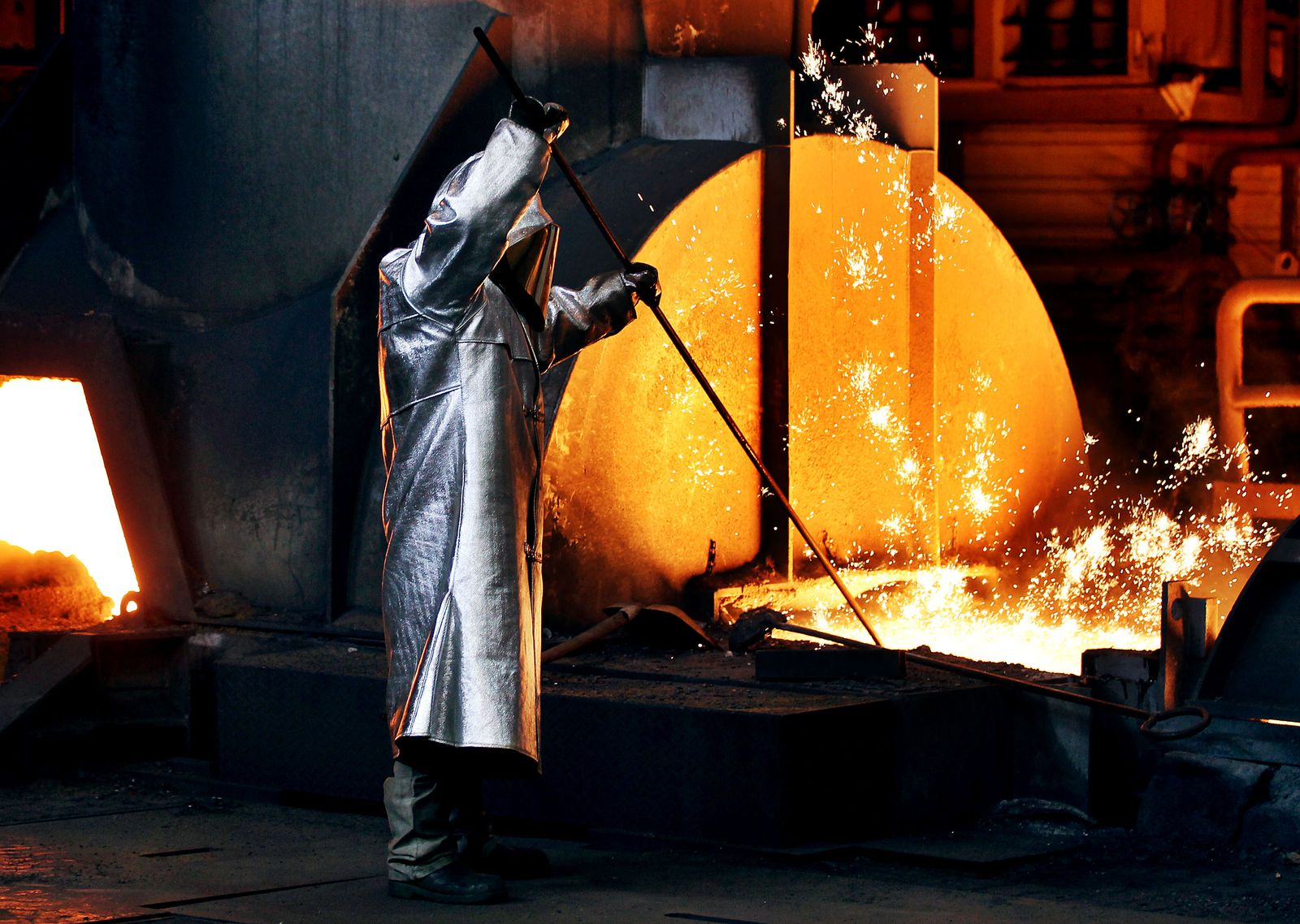 Thyssenkrupp - Stahlproduktion / Metall / Flüssig /