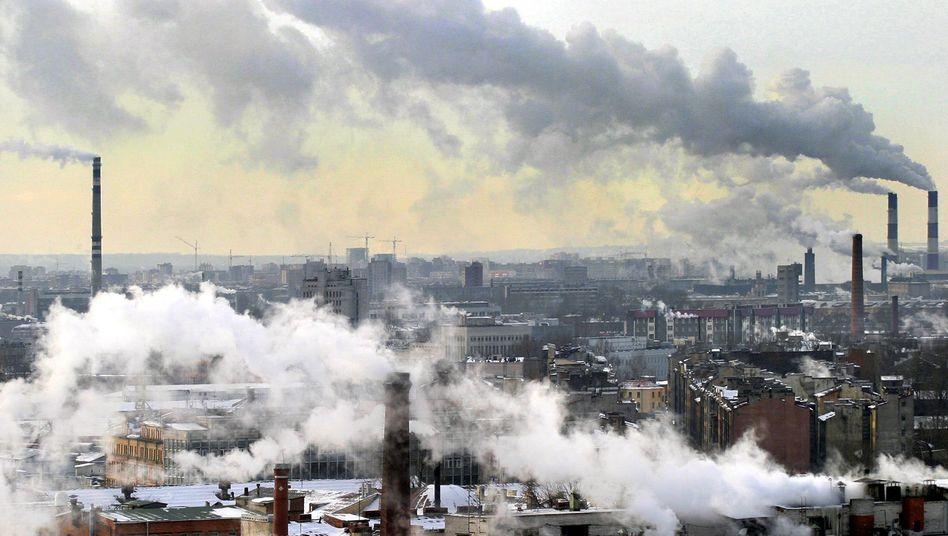 St. Petersburg: Wärme im Osten, Kühle im Westen