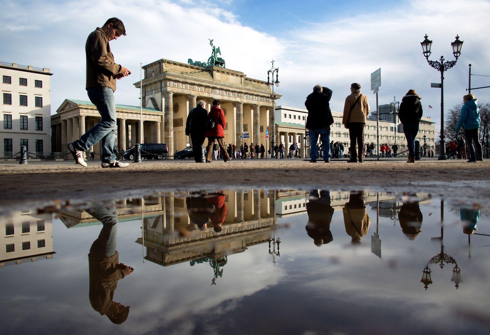 Länderfinanzausgleich / Berlin /Brandenburger Tor