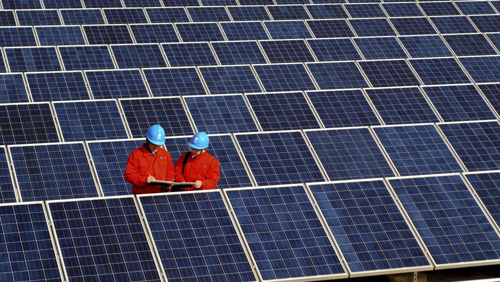 Photo Gallery: Germany's Solar Aid to China