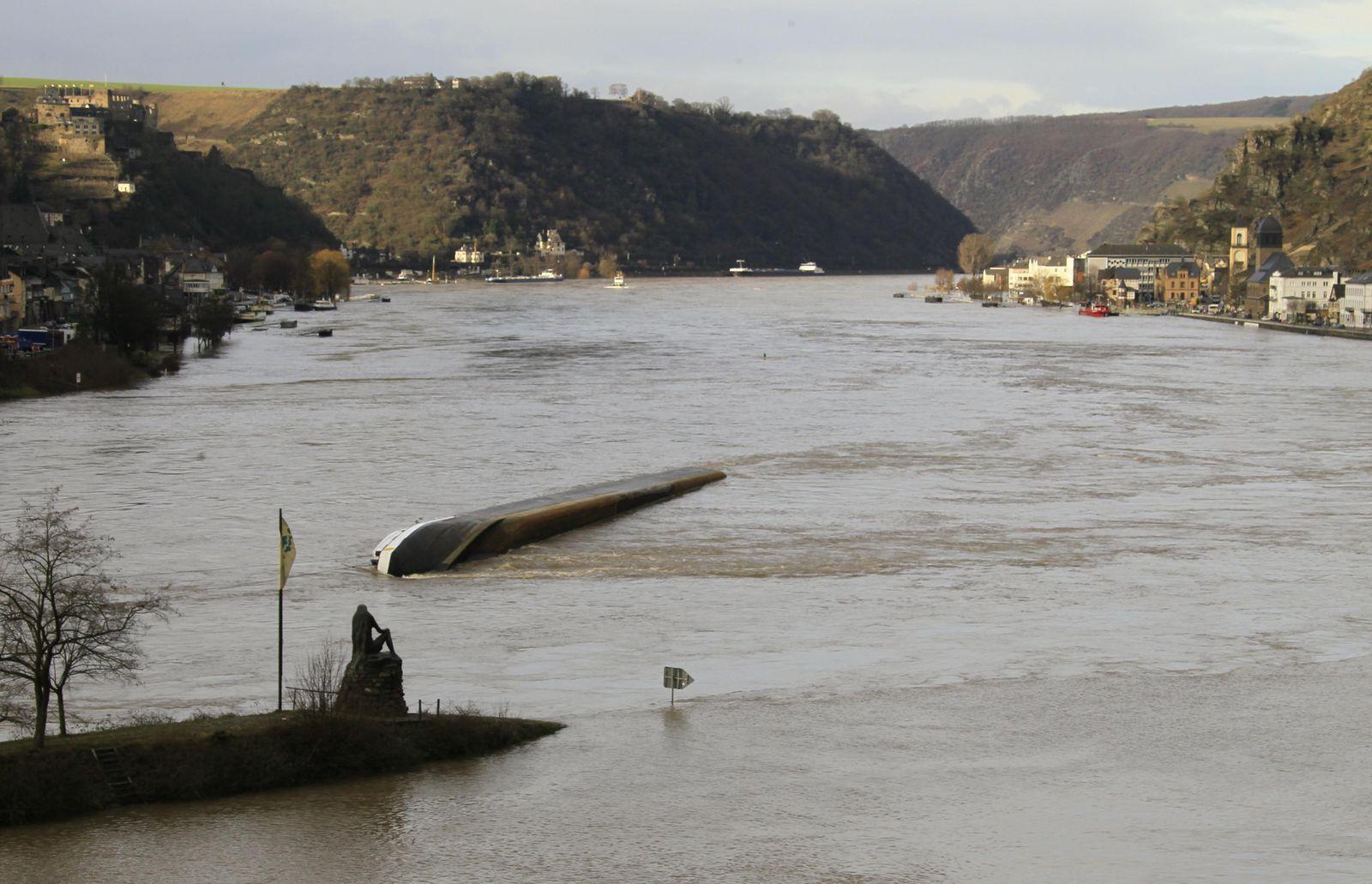 Tanker - Rhine