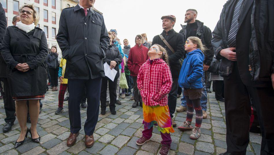 Ministerpräsident Stanislaw Tillich (CDU) nimmt am 17.10.2016 in Dresden an einem Bürgerfest teil